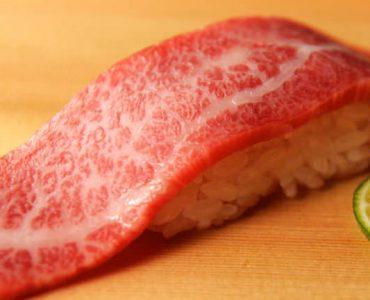 肉寿司 赤身 1貫400円(税抜)